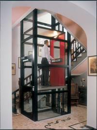 Какой лучше установить лифт в частный дом?